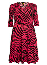 Load image into Gallery viewer, J by Jolie Moi Revers Collar Midi Dress, Pink Geo