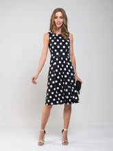 Load image into Gallery viewer, Spotty Printed Round Neck Jersey Dress