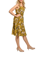 Load image into Gallery viewer, Jolie Moi Sleeveless Pleated Midi Dress, Yellow Floral