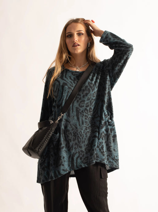 Loose Fitting Printed Top, Teal Pattern
