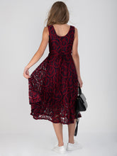Load image into Gallery viewer, Contrast Lace Midi Dress