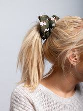 Load image into Gallery viewer, Printed Scrunchie, Khaki Floral