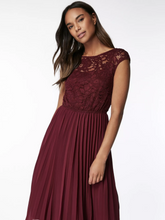 Load image into Gallery viewer, Lace Bodice Pleated Dress