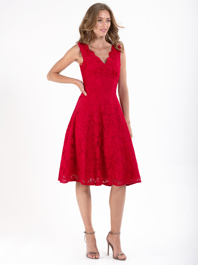Scalloped V Neck 50's Lace Dress
