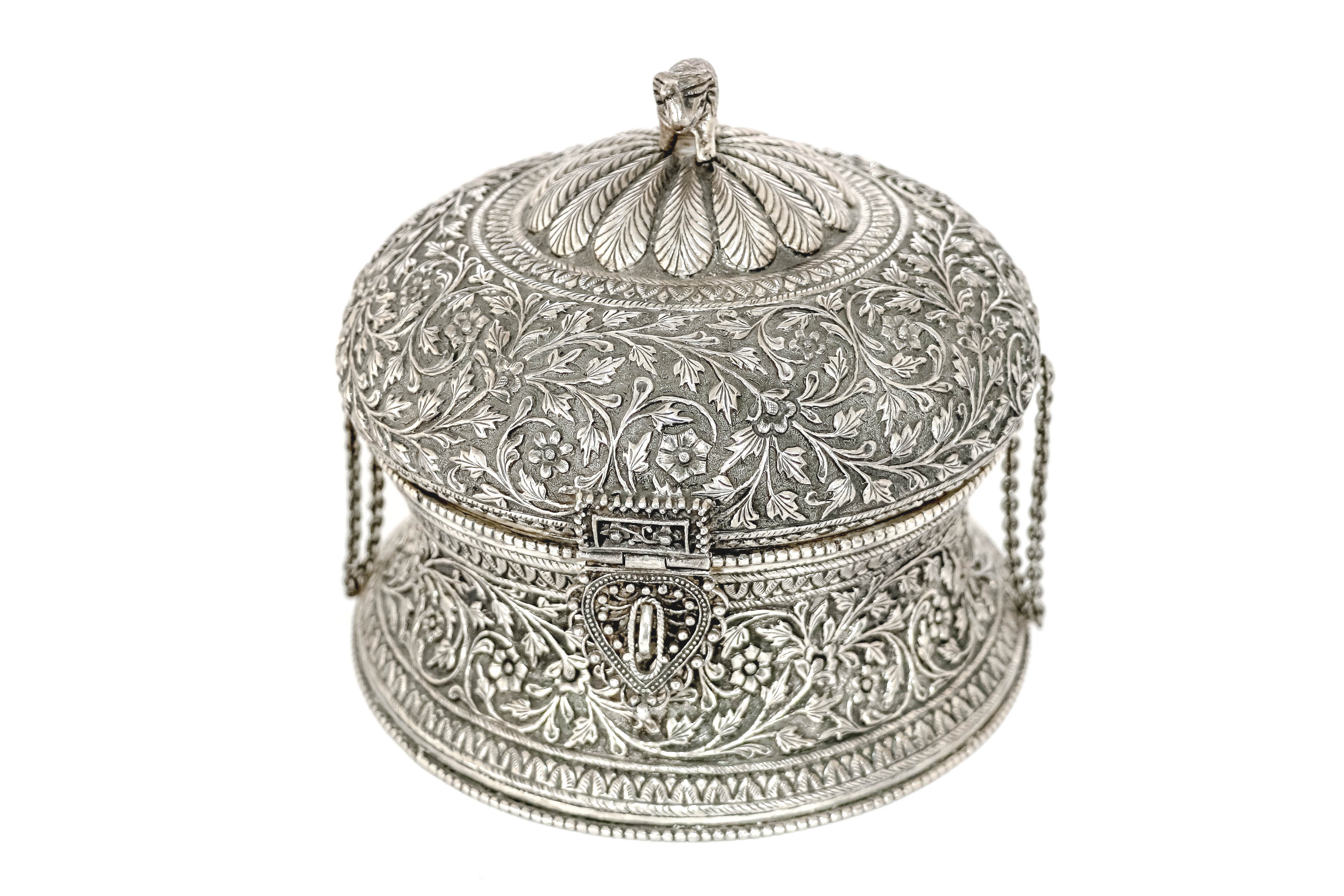Beautiful embossed handcrafted silver box 1