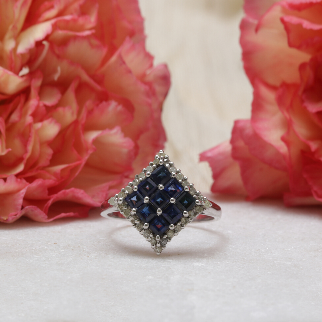 The regal crest ring