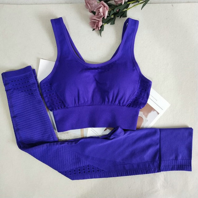 Seamless Yoga Set With Padded Bra