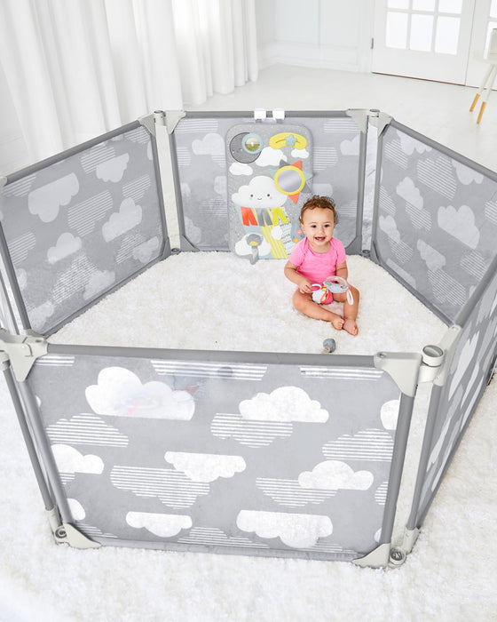 Skip Hop Playview Expandable Enclosure - Preggy Plus