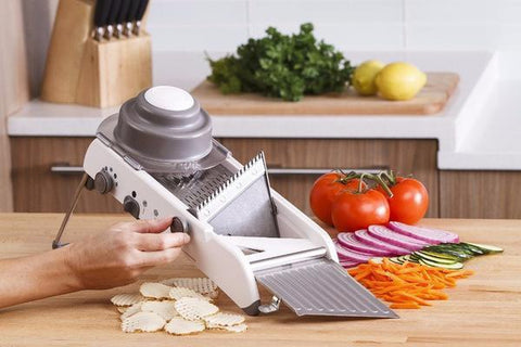 Slicer with Built-In Blades - Trendy Outdoor Deals Store