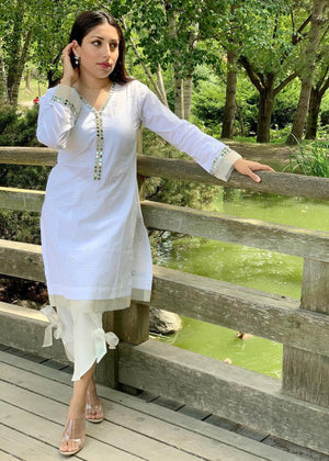 White chicken Kurta with Organza and LACE detailing