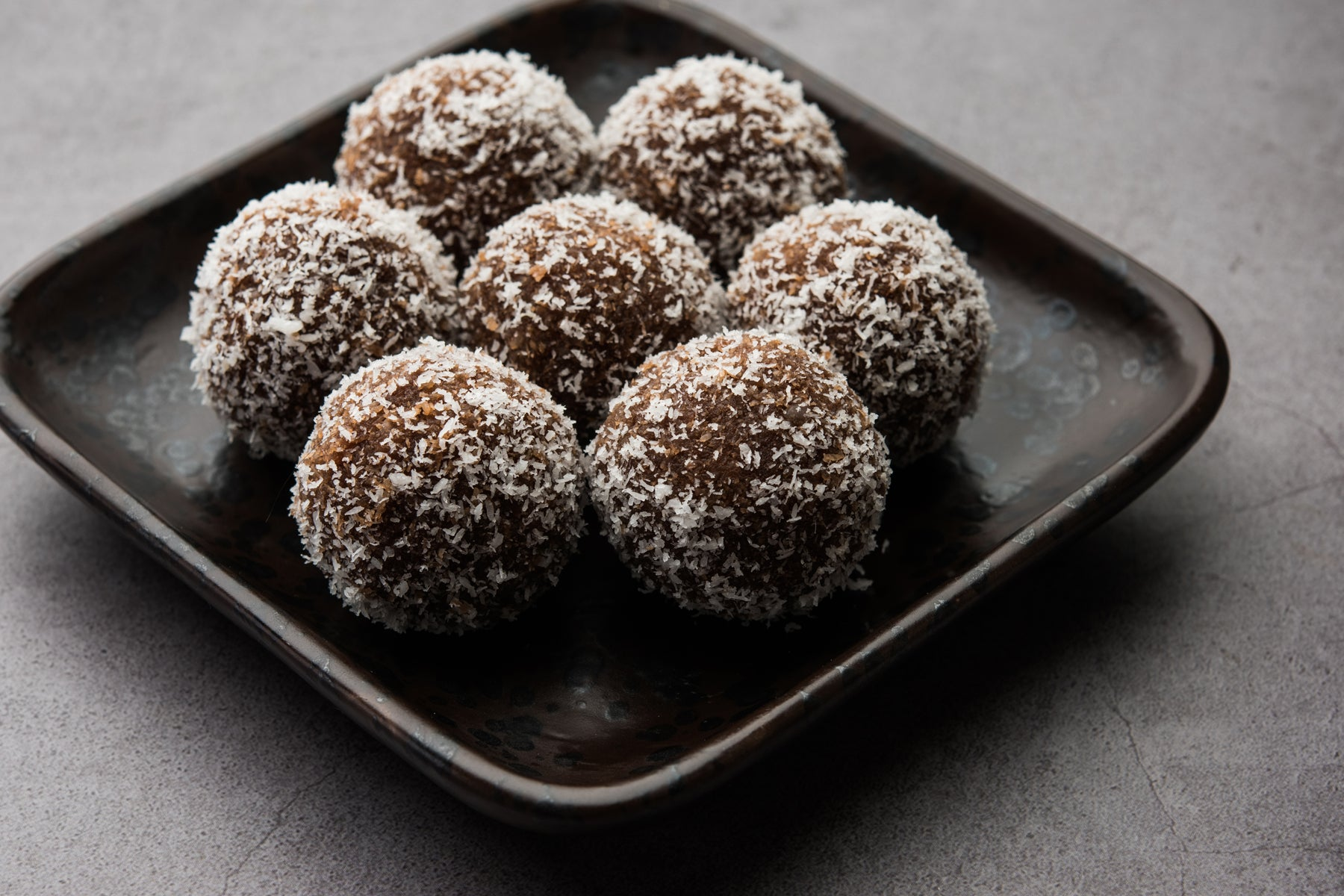 Peppermint bliss balls