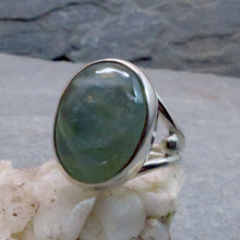 Load image into Gallery viewer, Aquamarine Gemstone Ring