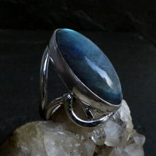 Load image into Gallery viewer, Labradorite Gemstone Sterling Silver Ring