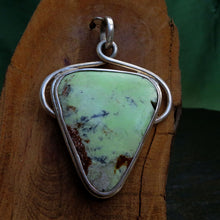 Load image into Gallery viewer, Lemon Chrysoprase Silver Gemstone Pendant