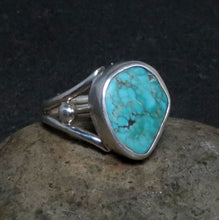 Load image into Gallery viewer, Natural Kingman Spiderweb Turquoise Gemstone Ring