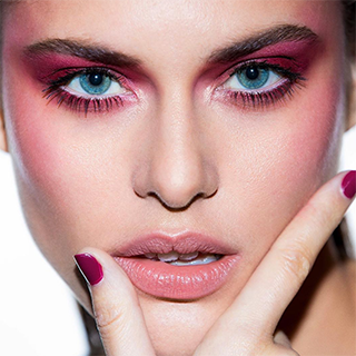 6 Summer Makeup Looks That Are Hotter Than the Outside Temps