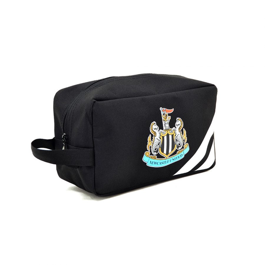 NEWCASTLE UTD WASH BAG