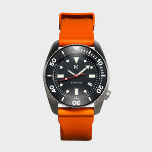 'Arctic' 500m Dive Watch (43mm) | Flare Orange