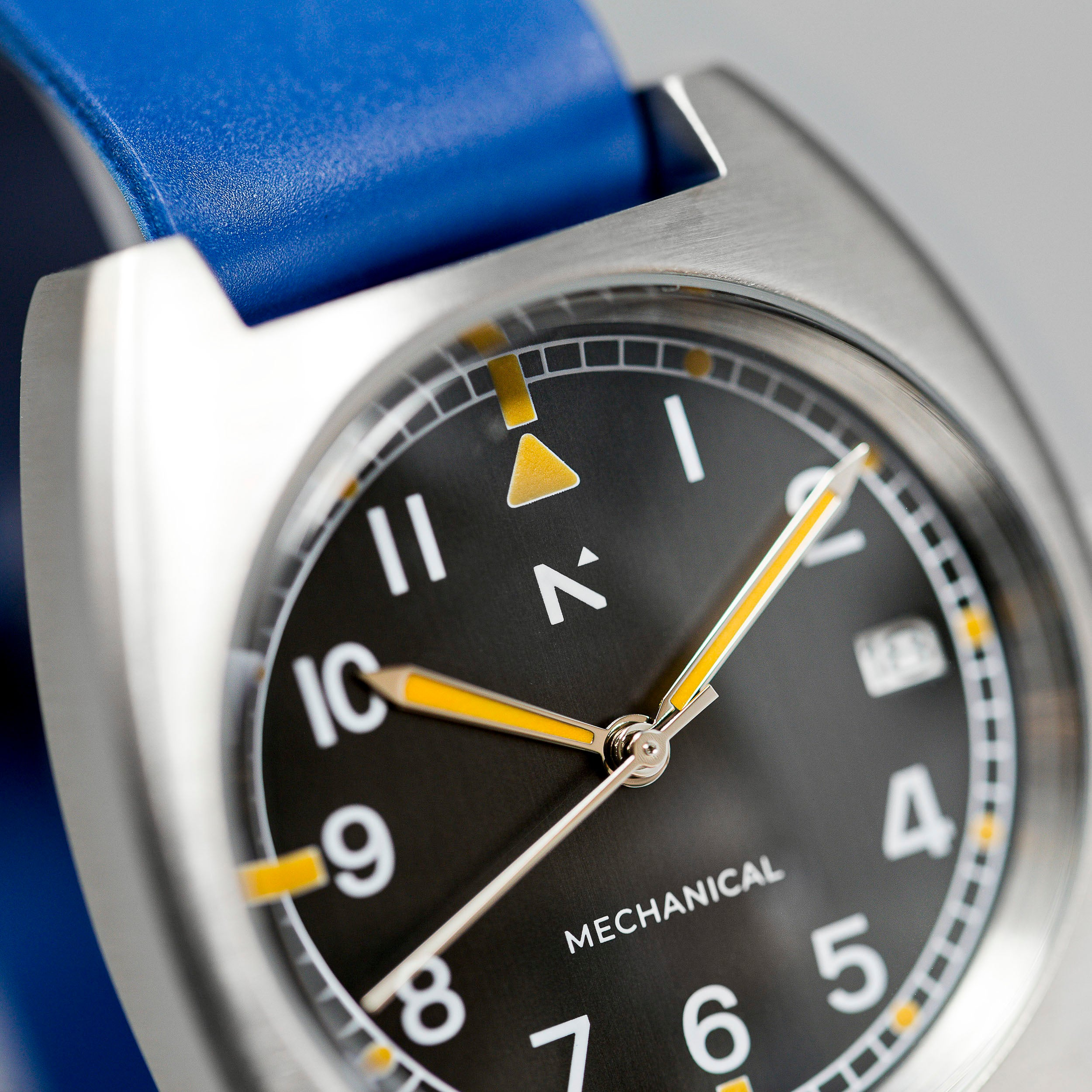 'Altitude' Pilot's Watch (36mm) | Blue Stack
