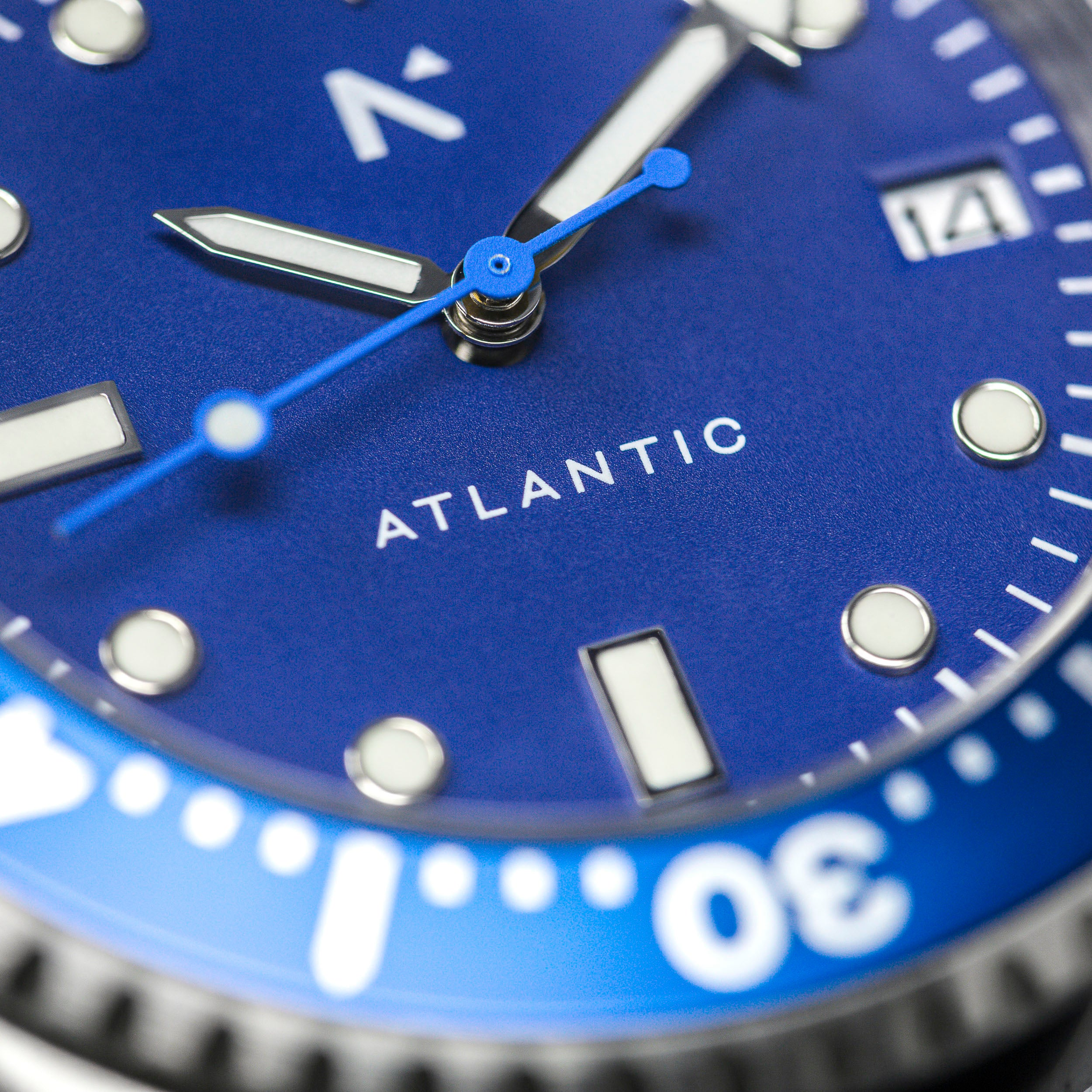 'Atlantic' Dive Watch (40mm) | Deep Night