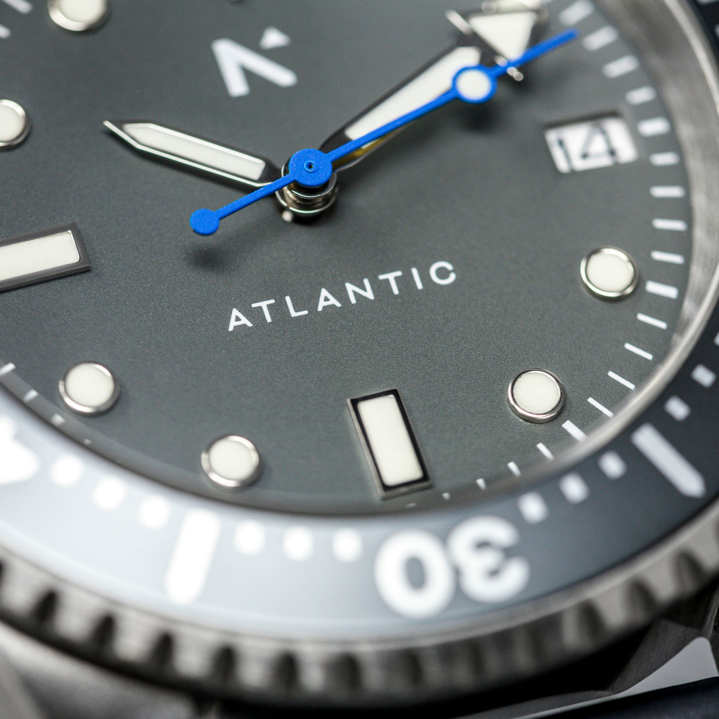 'Atlantic' Dive Watch (40mm) | Storm Grey NATO