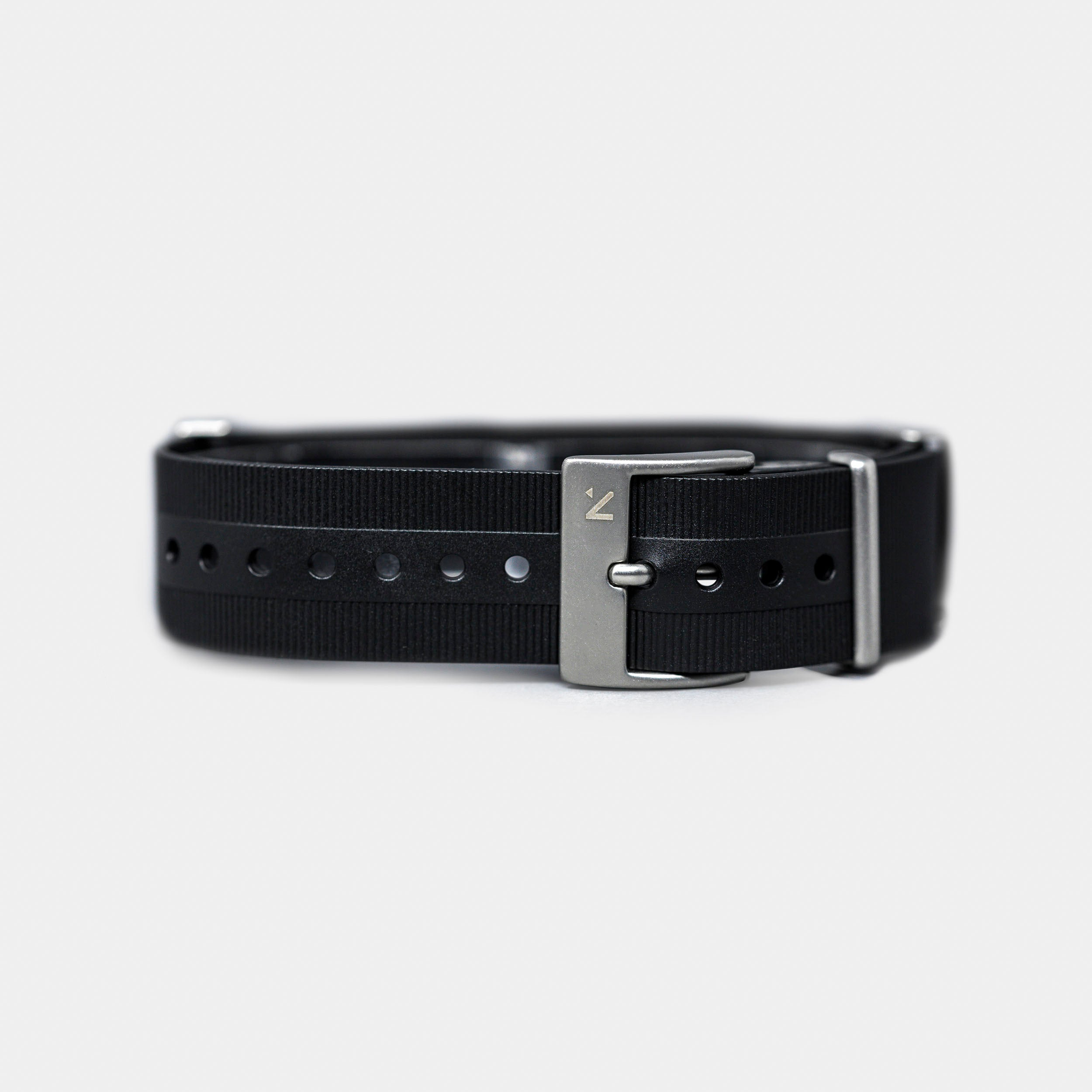 Natural Rubber NATO Watch Strap | Seal Black (20mm)