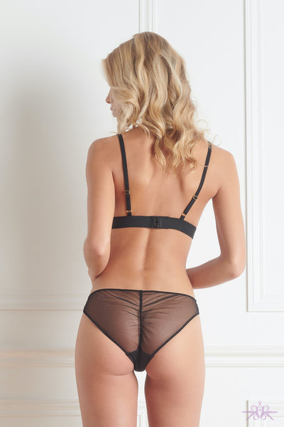 Maison Close Madame Reve Brief