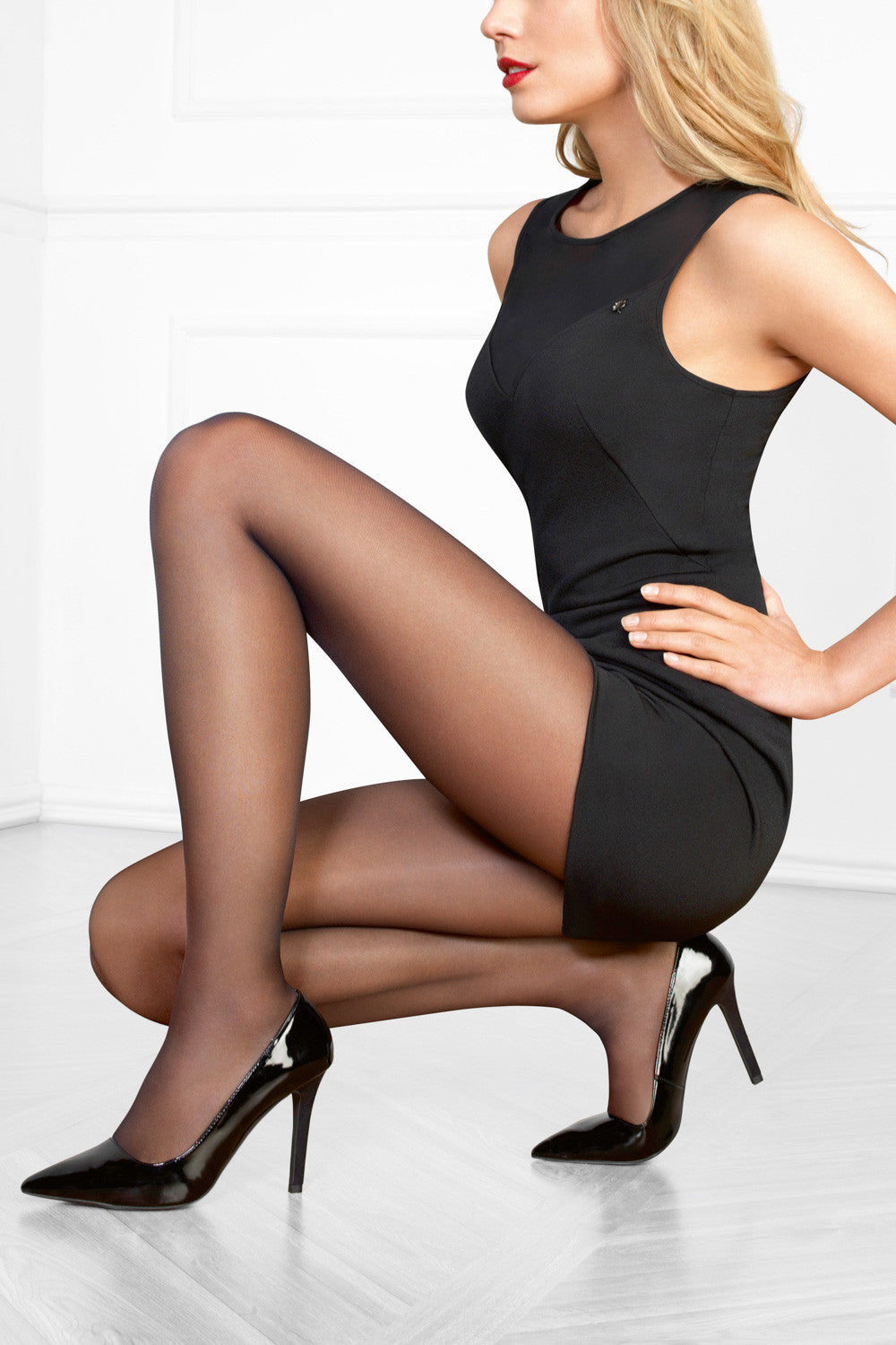 Le Bourget Perfect Chic 20 Denier Tights - Mayfair Stockings - Le Bourget - Tights - 4