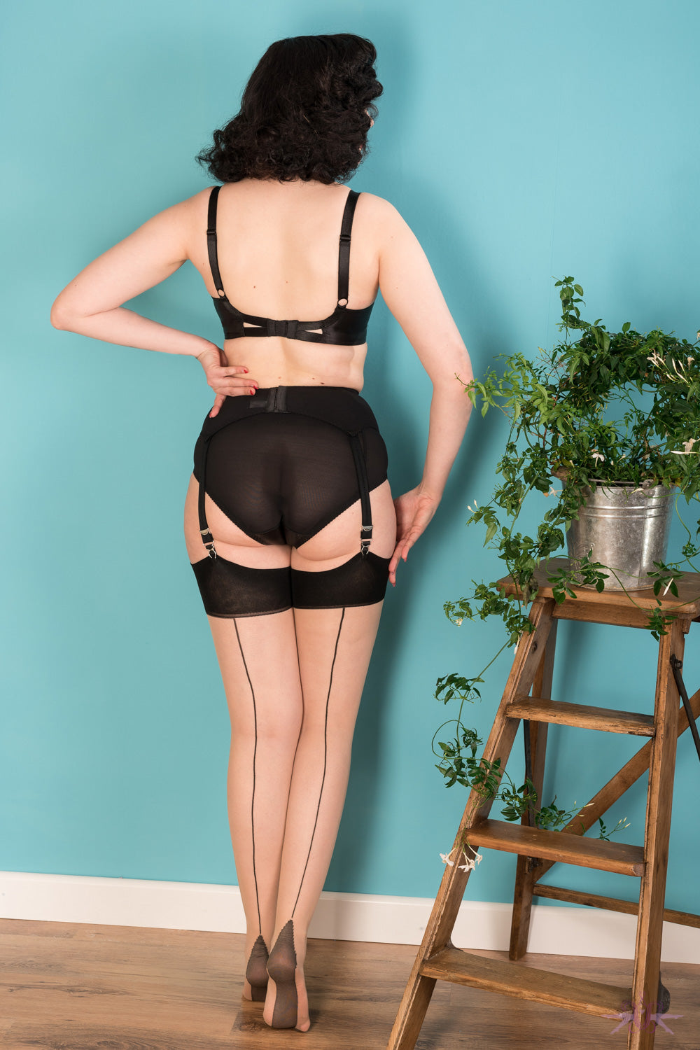 What Katie Did Contrast Champagne/Black Seamed Stockings