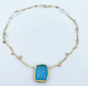 aquamarine vine necklace