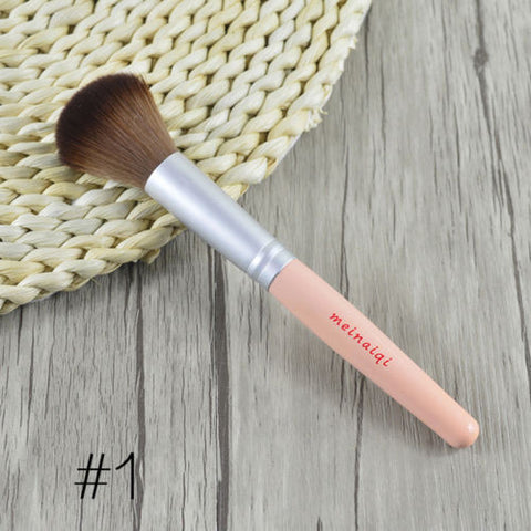 Natural Wooden Blush Blusher Brush RR