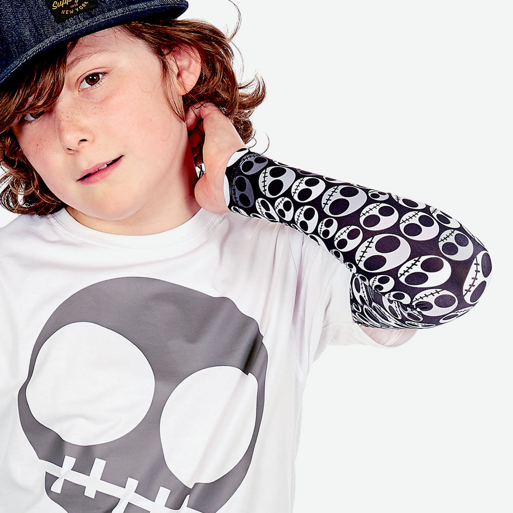 Sun protective sleeves for children - Skull detail