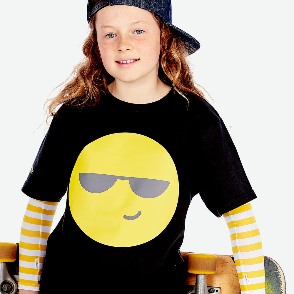Sun protective sleeves for children - Yellow Stripe detail