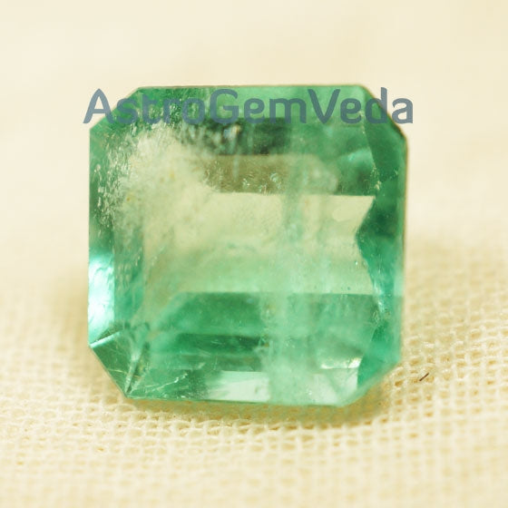 Natural Colombian Emerald Prime (3 -  5 Carat)