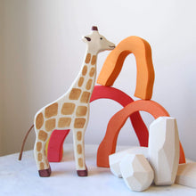 Load image into Gallery viewer, Holztiger Giraffe