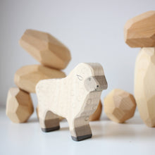 Load image into Gallery viewer, Holztiger sheep standing