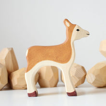 Load image into Gallery viewer, Holztiger Deer