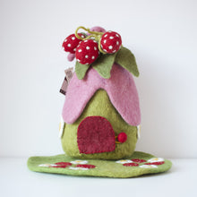 Load image into Gallery viewer, Papoose - House - Strawberry With Mat