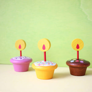 Erzi Cupcakes with Candle