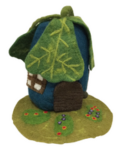Load image into Gallery viewer, Papoose - House, Oak Leaf With Mat