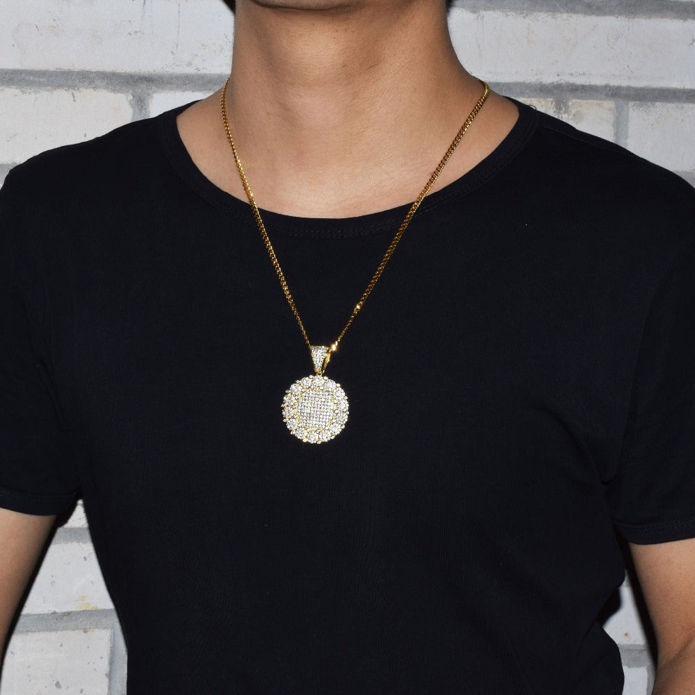 Round Cluster Medallion Gold Pendant & Necklace