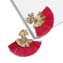 Stunning Susan Earrings - Dark Pink - Earrings