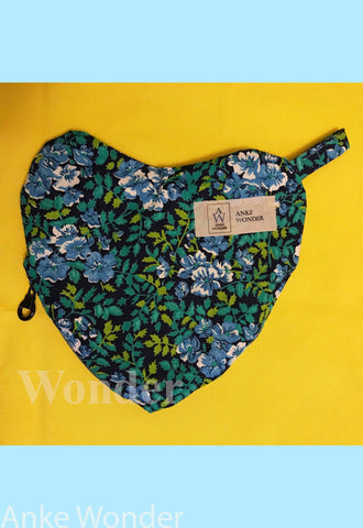 Blue Heart Purse - Anke Wonder