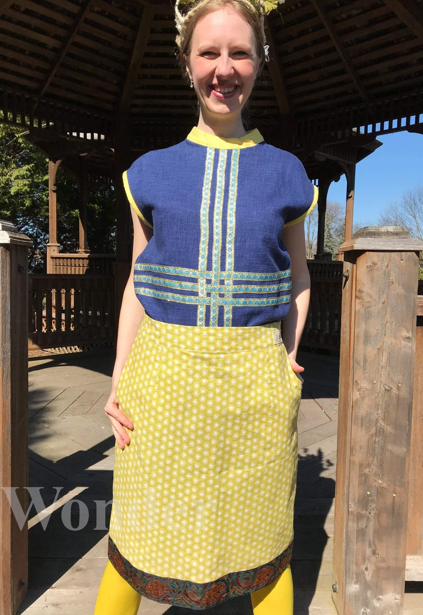 Women´s Green Peacock Admirers Skirt - Anke Wonder