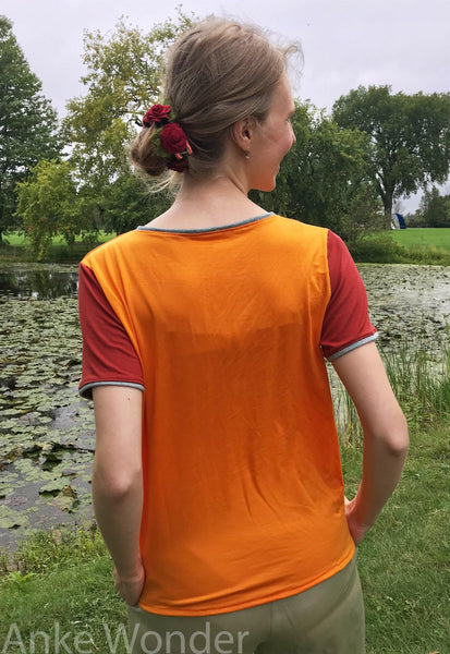 Women´s Short-Sleeve Orange Sunrise T-Shirt - Anke Wonder