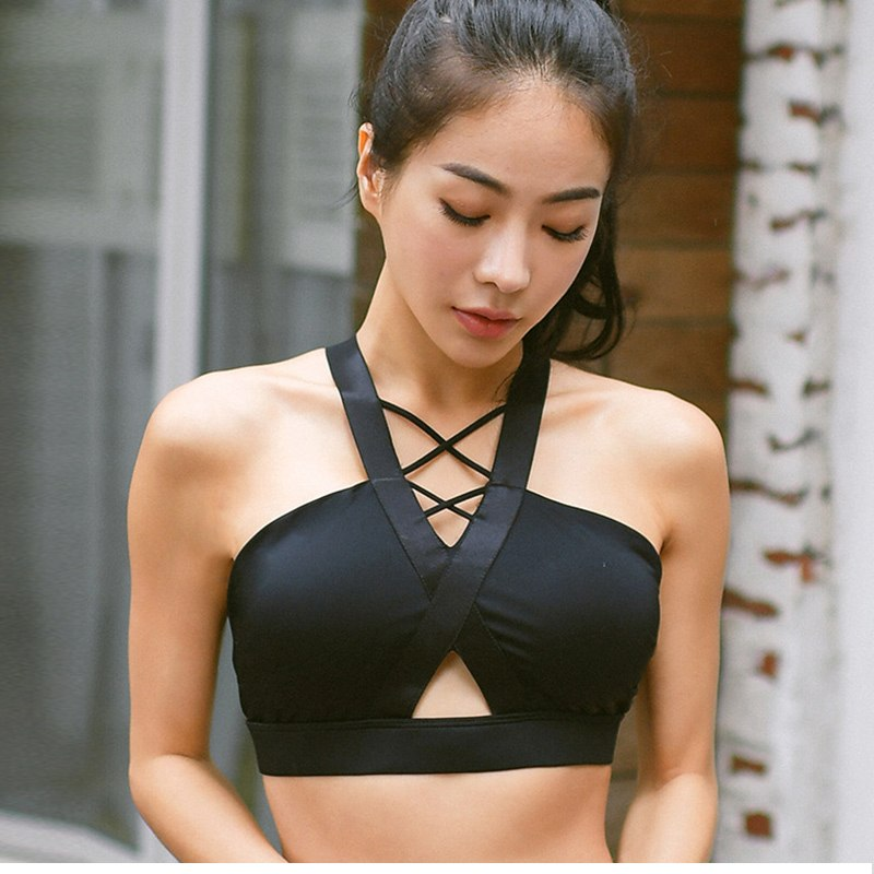 Woman Top Cross Gym Sports Bra