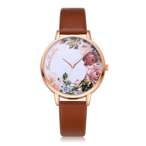 Leather Strap Analog Wristwatch