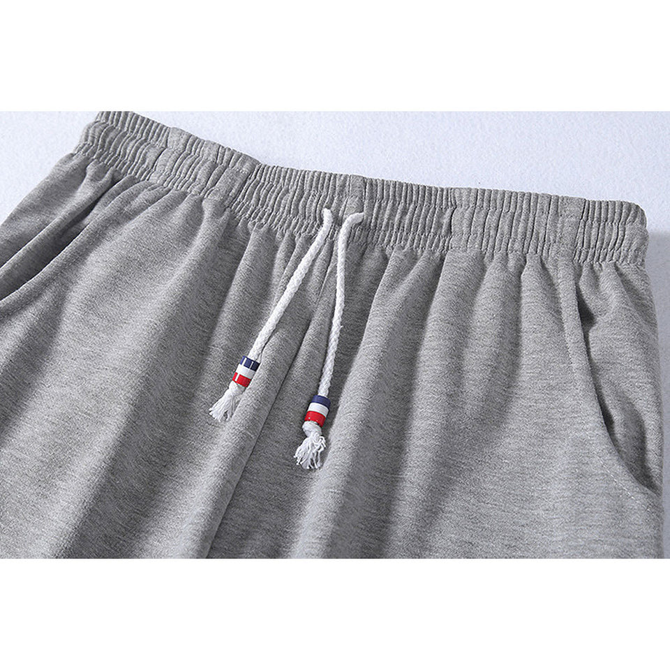 Men's casual beach shorts with sewing