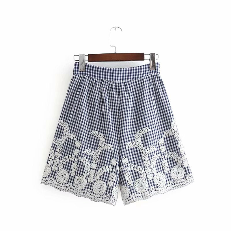 vintage embroidery plaid Bermuda Shorts