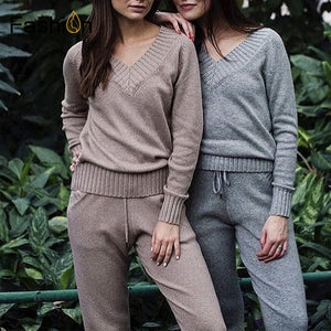 Suit and sets Knitted Sweaters Pants 2PCS  Woman